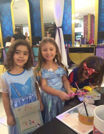 Colônia de férias do Petit Salon Magic